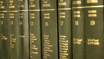 20120402041145-enciclopedias-en-formato-papel.jpg